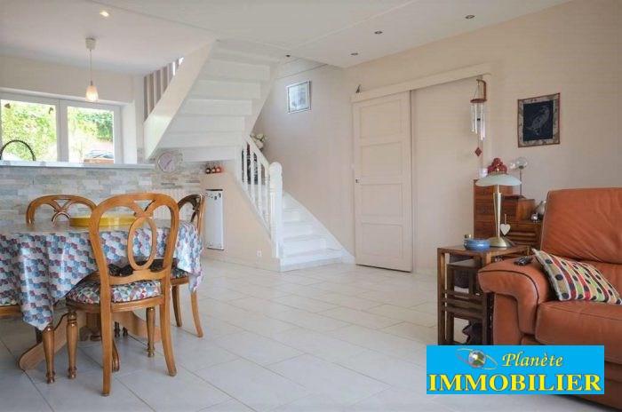 Sale house / villa Plouhinec 254248€ - Picture 4