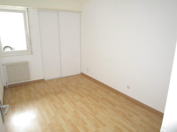 Sale apartment La roche-sur-yon 106 900€ - Picture 2