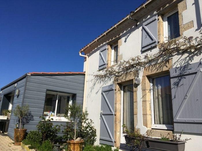 Sale house / villa Les clouzeaux 250700€ - Picture 1