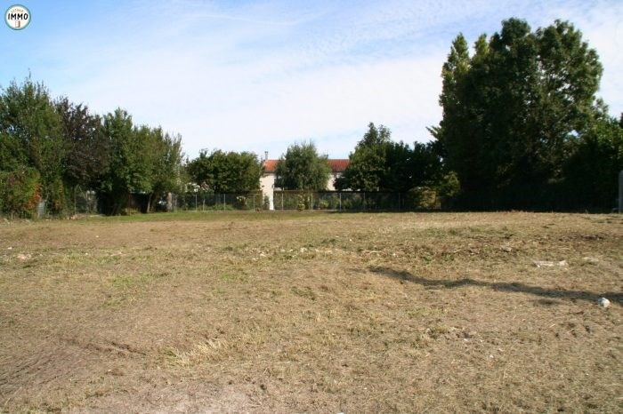 Vente terrain Mortagne-sur-gironde 44 000€ - Photo 3