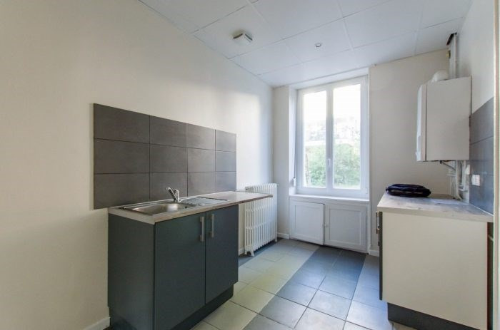 Sale apartment Metz 208 600€ - Picture 3