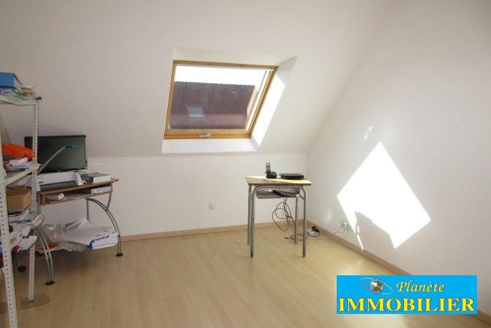 Sale house / villa Pont-croix 234 450€ - Picture 11