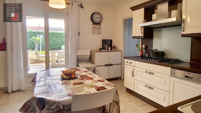Vente maison / villa Jassans-riottier 370000€ - Photo 2