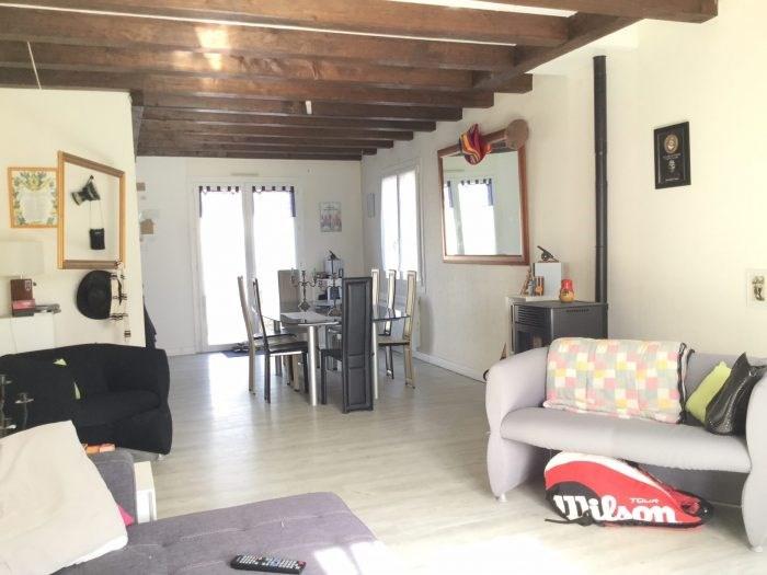Sale house / villa Saint-georges-de-montaigu 243000€ - Picture 2