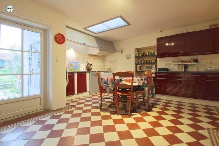 Sale house / villa Mortagne-sur-gironde 115000€ - Picture 3