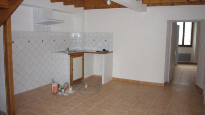 Rental apartment Alzonne 492€ CC - Picture 2