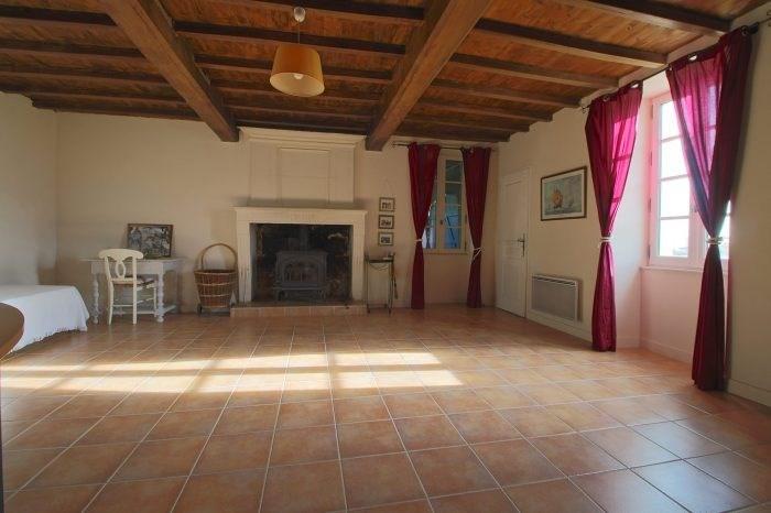 Deluxe sale house / villa Saint-fort-sur-gironde 498000€ - Picture 12