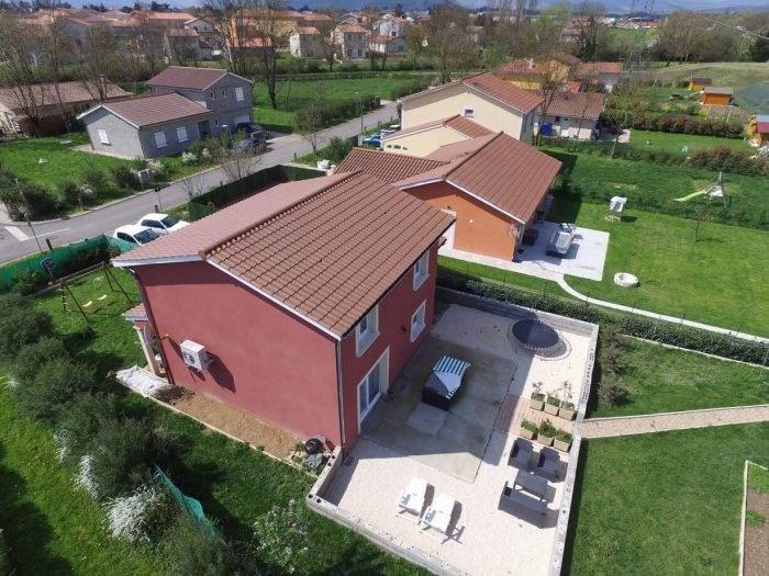 Vente maison / villa Saint-jean-d'ardières 259000€ - Photo 2