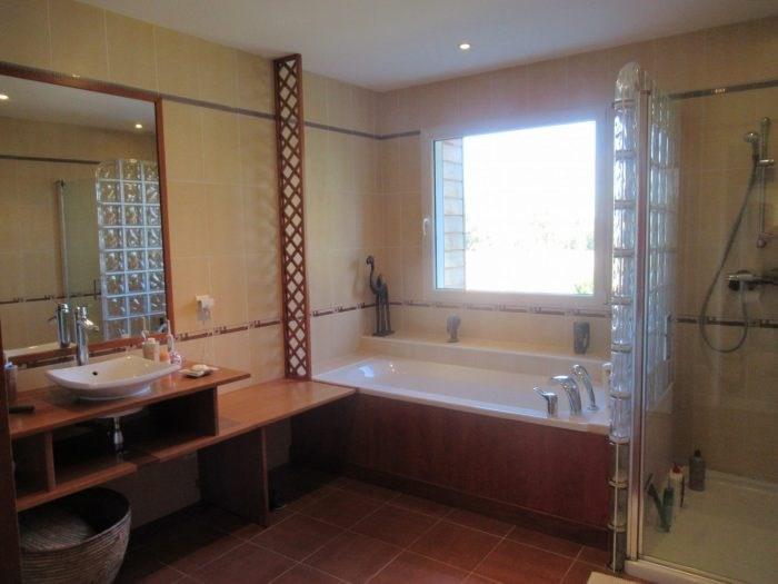Sale house / villa Saint denis la chevasse 331500€ - Picture 9