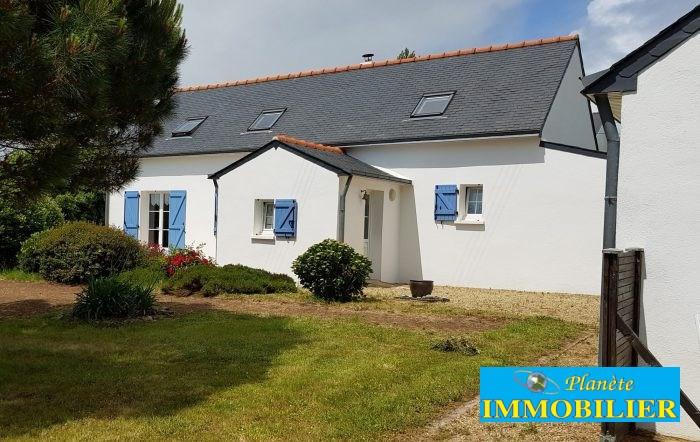 Sale house / villa Plozévet 239660€ - Picture 1