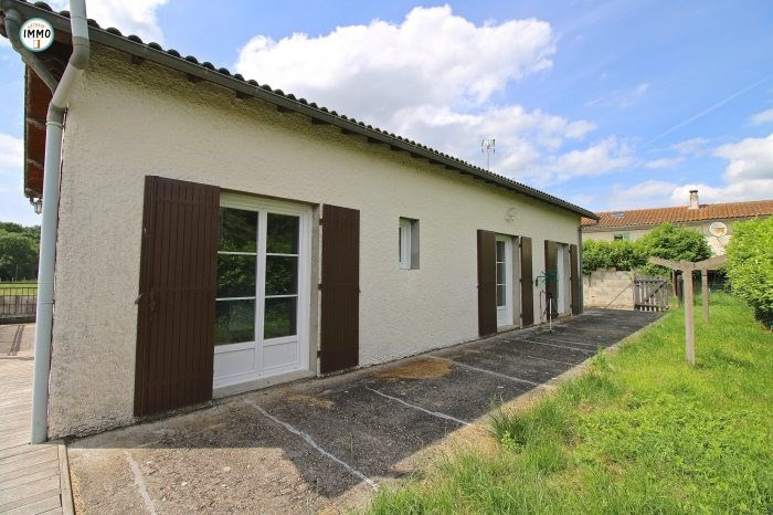Sale house / villa Saint-dizant-du-gua 124660€ - Picture 4