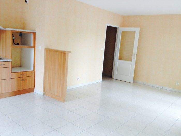 Rental apartment Clisson 672€ CC - Picture 2