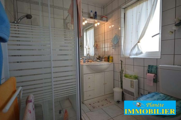 Sale house / villa Plouhinec 192 770€ - Picture 10