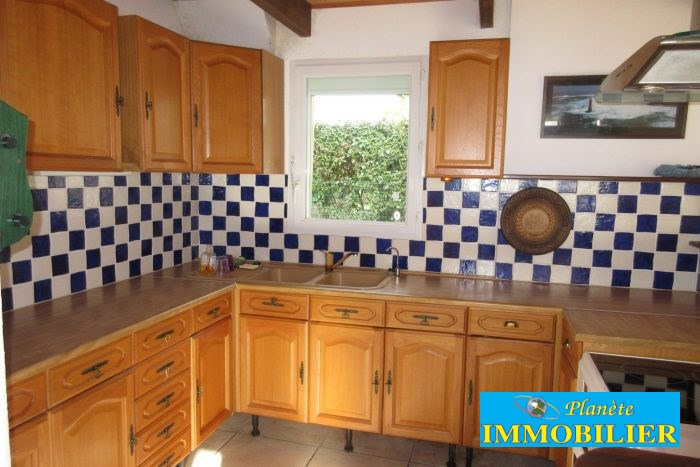 Sale house / villa Plouhinec 218 820€ - Picture 9