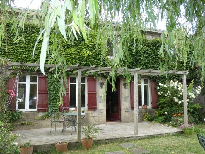 Sale house / villa Vallet 299490€ - Picture 1