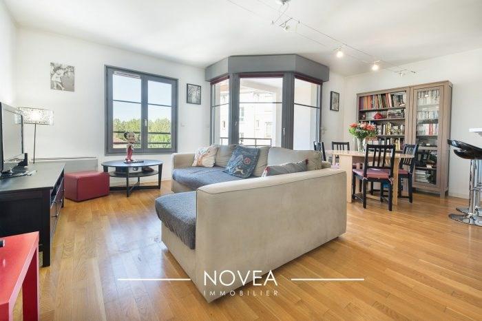 Appartement T3 Croix Rousse dernier étage avec Vue et Balcon