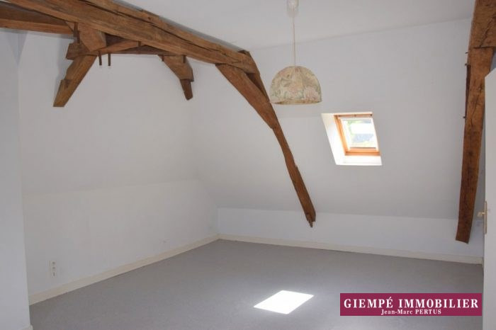 Location maison / villa Baugé 625€ CC - Photo 4