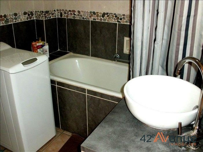 Location appartement Saint-étienne 697€ CC - Photo 6