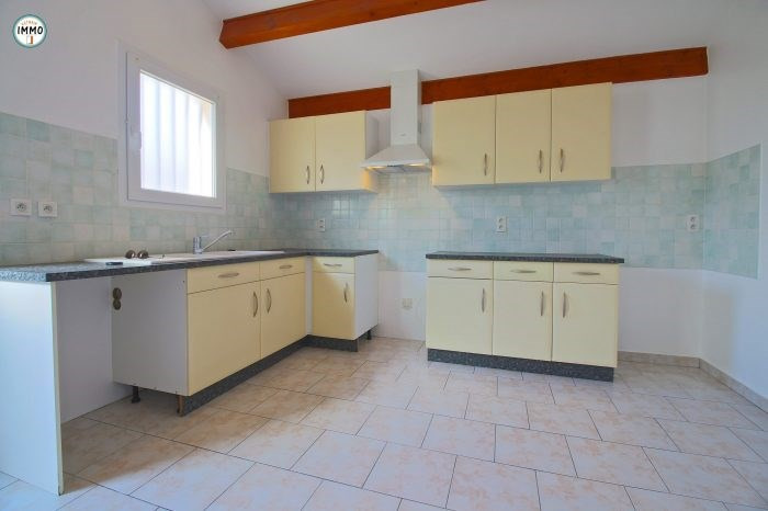 Sale house / villa Saint-fort-sur-gironde 99720€ - Picture 2
