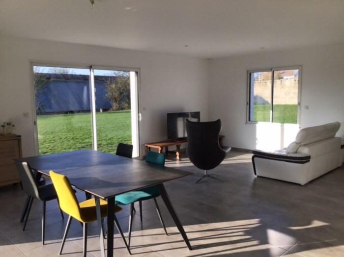 Sale house / villa Vallet 321900€ - Picture 2