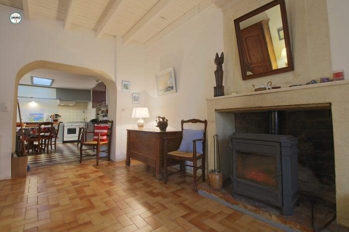 Sale house / villa Mortagne-sur-gironde 115000€ - Picture 2