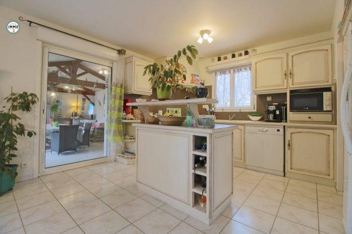 Sale house / villa Saint-ciers-du-taillon 223860€ - Picture 4