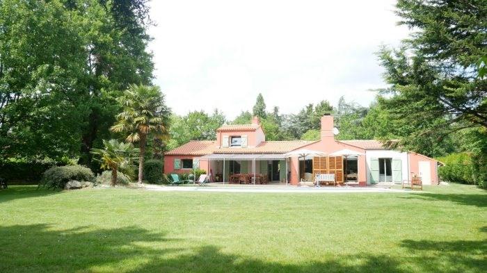 Deluxe sale house / villa Clisson 582400€ - Picture 4