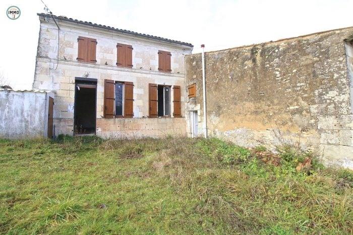 Sale house / villa Saint-fort-sur-gironde 66000€ - Picture 1