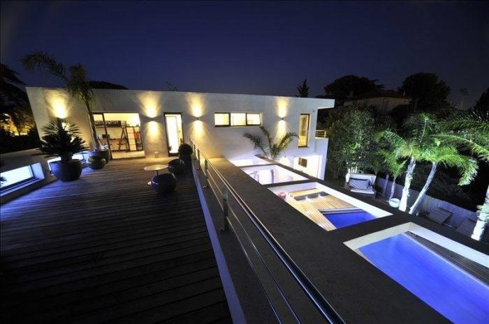 Deluxe sale house / villa Frejus 1150000€ - Picture 2