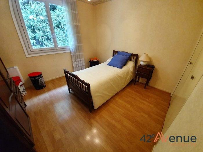 Sale house / villa Saint-jean-bonnefonds 275000€ - Picture 12