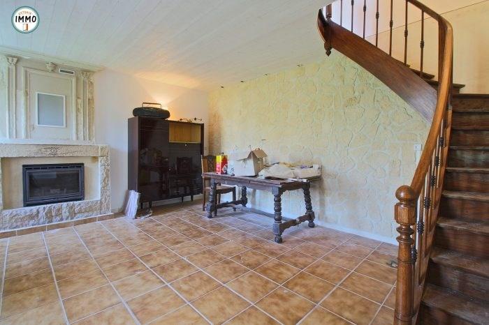 Vente maison / villa Saint-fort-sur-gironde 124660€ - Photo 2