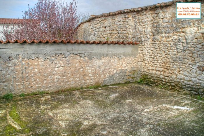 Sale house / villa Arces 147 936€ - Picture 10