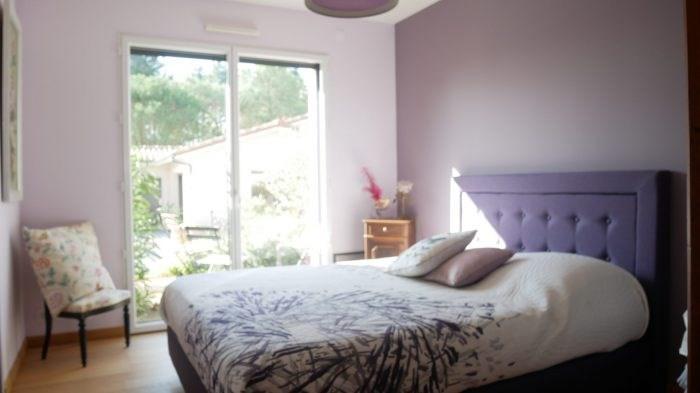 Deluxe sale house / villa Cugand 564300€ - Picture 8