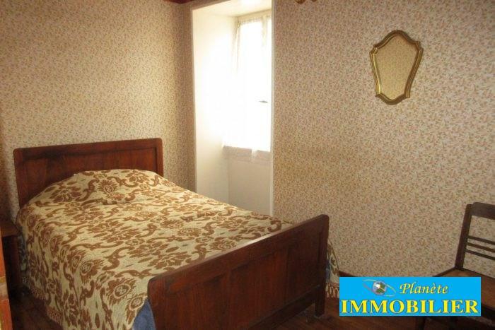Sale house / villa Confort-meilars 110250€ - Picture 12