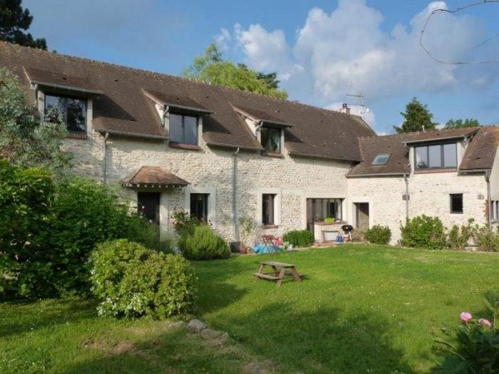 Deluxe sale house / villa Champenard 385000€ - Picture 2