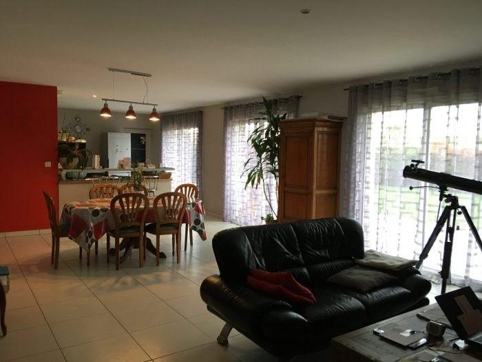 Sale house / villa Nieul-le-dolent 306500€ - Picture 2