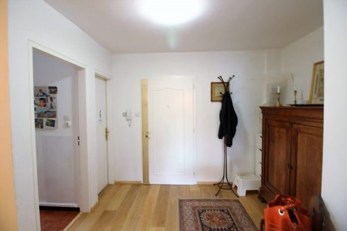 Sale apartment Strasbourg 298000€ - Picture 2