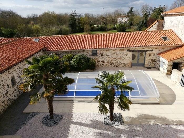 Deluxe sale house / villa Belleville sur vie 566500€ - Picture 1