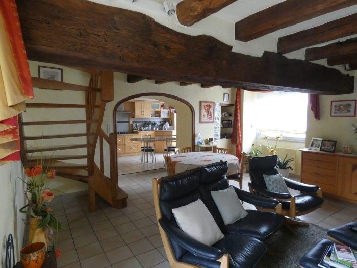 Sale house / villa Le puiset dore 216900€ - Picture 1