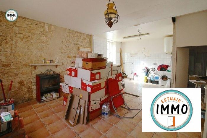Sale house / villa Mortagne-sur-gironde 70750€ - Picture 2