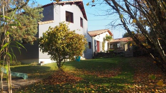 Sale house / villa Le pallet 439500€ - Picture 1