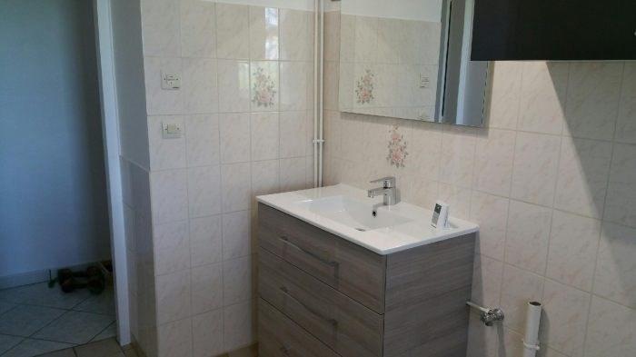 Location maison / villa Douains 788€ CC - Photo 4