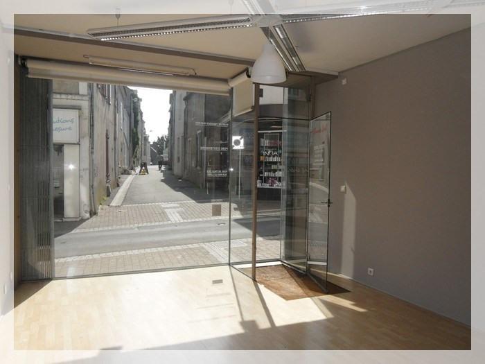 Rental empty room/storage Ancenis 456€ HC - Picture 2