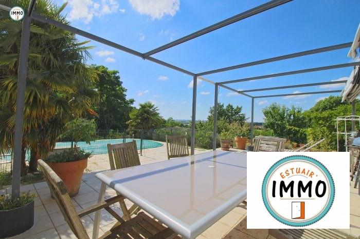 Deluxe sale house / villa Mirambeau 234520€ - Picture 2
