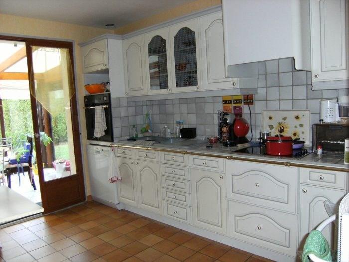 Sale house / villa Pressagny-l'orgueilleux 218000€ - Picture 4
