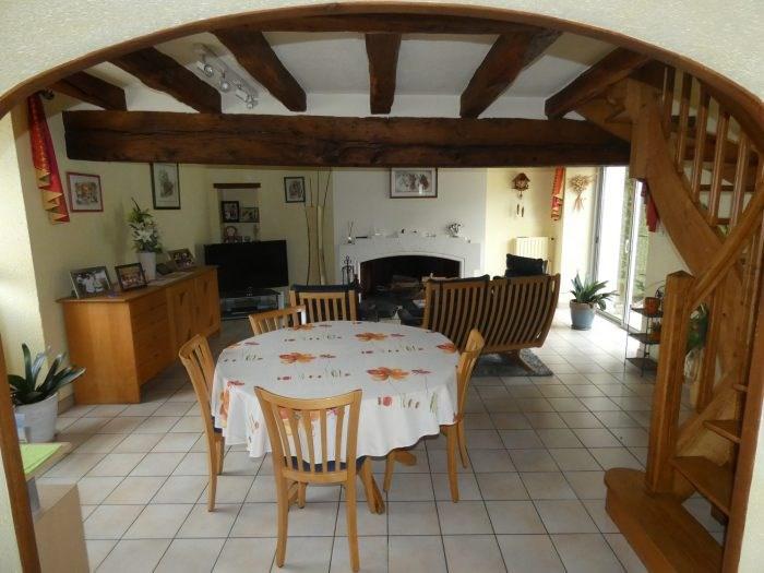 Sale house / villa Le puiset dore 216900€ - Picture 2