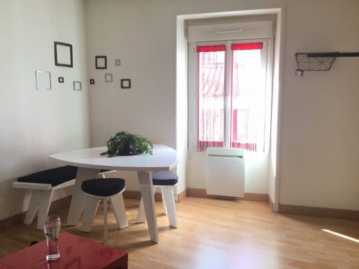 Sale apartment Montaigu 90400€ - Picture 1