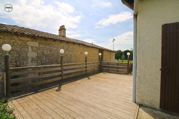 Sale house / villa Saint-dizant-du-gua 124660€ - Picture 1