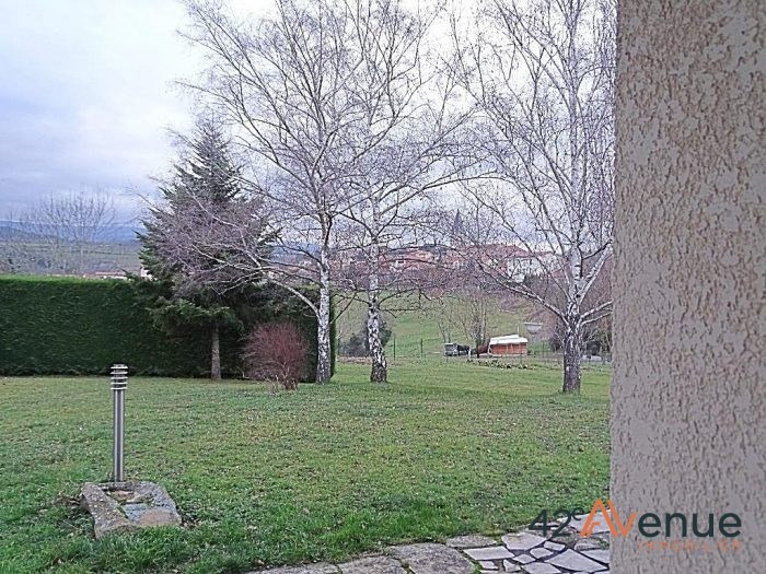 Venta  casa Lézigneux 275000€ - Fotografía 9