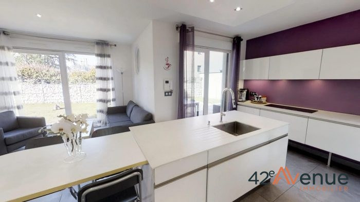 Sale house / villa Saint-priest-en-jarez 369 000€ - Picture 7